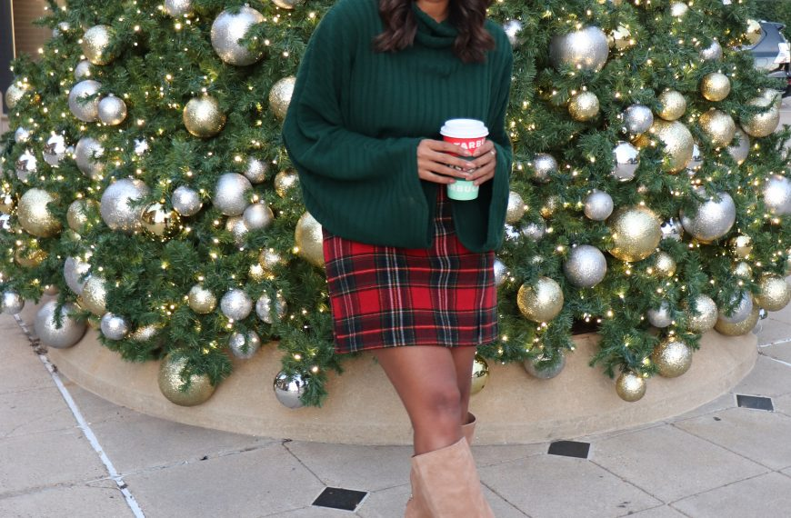 How To Style a Plaid Skirt – Christmas Edition